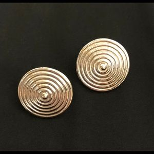 Vintage 80's silver round Monet clip on earrings.